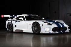 SRT Viper GT3-R Customer Race Car Debuts, Costs $459,000 - WOT on Motor Trend