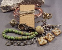 This is a KIT and TUTORIAL. Purchasing this includes all the materials to make the bracelet. You have 4 color choices as pictured. The pictures go