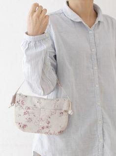 ケータイと財布、カギが入るぺたんこポーチバッグはお買い物に便利。/鎌倉スワニーの布で作るバッグ&ポーチ(「はんど&はあと」2012年6月号)