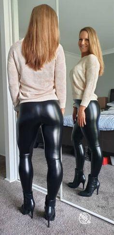 Pvc Leggings, Vinyl Leggings, Leggings Are Not Pants, Leather Pants Outfit, Leather Trousers, Leggings Fashion, Fashion Pants, Botas Sexy, Leder Outfits