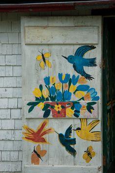 I give you a handpainted house. (Maud Lewis - Nova Scotia)