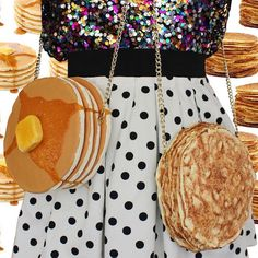 """Pancake Purse"" Food inspired purses by Dutch artist Rommy Kuperus (click through for more!)"