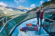 Visit the five of the biggest attractions in the Rocky Mountains; the Banff Gondola, Banff Lake Cruise, Glacier Adventure, Glacier Skywalk and Maligne Lake Cruise. Italy Tour Packages, East Coast Tours, Grand Canyon Tours, Canada Summer, New York Tours, Banff Canada, Italy Tours, India Tour, Ireland Vacation