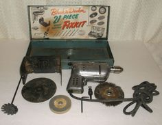 Black And Decker Vintage 1940 /1950 1/4 Drill Box Wall/Bench Mount Fixit Kit