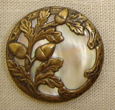 images of antiques | Antique Buttons