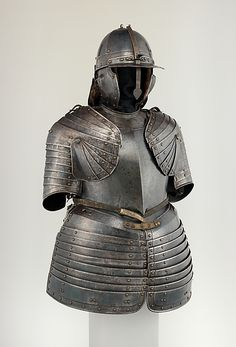 Half armor Attributed to Martin Schneider the Younger (German, Nuremberg, active ca. 1610–20)