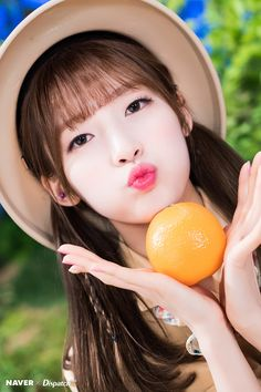 Read More on the Think Positive and Have the BOOK Arin Oh My Girl Yooa, Arin Oh My Girl, Kpop Girl Groups, Korean Girl Groups, Kpop Girls, K Pop, Most Beautiful Women, Idol, Pretty