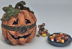 Boyds Bears Halloween Treasure Box - Jack O Lantern With Candy Corn McNibble