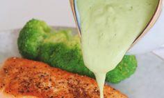 Den perfekta gröna såsen gjord på avokado. Passar jättebra till all sorts kött och fisk. New Recipes, Healthy Recipes, Tasty, Yummy Food, Mashed Potatoes, Betta, Dips, Food And Drink, Low Carb