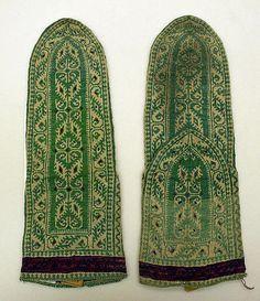 wool socks, Iran, century by inez Fair Isle Knitting, Knitting Socks, Silk Stockings, Wool Socks, Women's Socks, Textiles, Folk Costume, Costumes, Thing 1