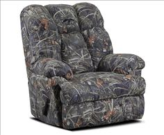 Duck Commander RealTree Camo Fabric Recliner by Chelsea Home. $859