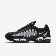 The Nike Air Max Tailwind IV gives a new look to the' classic. Max Air units give you comfort and style that last. Nike Air Max Tn, Nike Air Max Plus, Nike Air Vapormax, Air Max Sneakers, Sneakers Mode, Best Sneakers, Sneakers Fashion, Nike Casual Shoes, White Nike Shoes