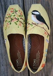 Hand painted toms!!