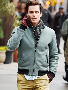 Star Tracks: Wednesday, April 1, 2015 | 'BOMER' JACKET | Braving chilly N.Y.C., Matt Bomer walks through the streets of Tribeca on Tuesday in a leather bomber jacket and gloves.