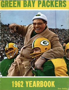 1962 Green Bay Packers Yearbook Vince Lombardi on cover NM condition Football Photos, Sports Photos, Football Cards, Football Coaches, Football Season, Football Stuff, Sport Football, Green Bay Packers History, Green Bay Packers Fans