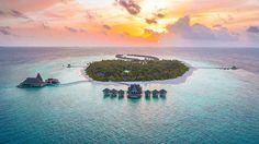 Maldives Luxury Resorts - Anantara Kihaavah Villas #bmrtg #Maldives #anantarakihavah #indianocean #AsiaTravel #WorldTravelGuide #马尔代夫 #sunset #warrenjc #sunnysideoflife #maldivity #travel #traveling #vacation #dive #surfing #adventureculture #instagood #i