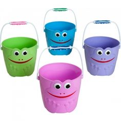 Sandeimer mit Gesicht Planter Pots, Canning, Sandbox, Bucket, Easter Activities, Rolling Stock, Face, Home Canning, Conservation