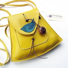 YSABEL Small Leather Messenger Bag Daffodil 2226 by von Fairysteps