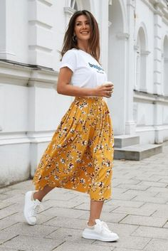Modest Casual Outfits, Stylish Summer Outfits, Spring Outfits, Long Skirt Outfits For Summer, Summer Clothes, Smart Casual Outfit Summer, Summer Dresses, Winter Outfits, Mode Outfits
