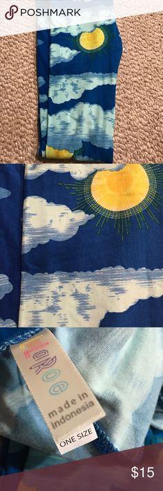 Lularoe one size cloud and sun leggings One size cloud and suns. Never washed or worn LuLaRoe Pants Leggings