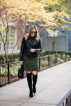 Grey and black striped dress+black over the knee boots+black leather jacket+black handbag+aviator sunglasses. Polene Paris, Long Sleeve Striped Dress, Dressy Casual Outfits, Chicago Fashion, Fall Outfits For Work, Plus Size Leggings, How To Look Classy, Moto Jacket, Leather Jacket