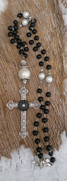 Mother Of Pearl Cross Necklace Religious Jewelry by SecretStashBoutique Cross Jewelry, Beaded Jewelry, Handmade Jewelry, Beaded Necklace, Necklace Set, Cheap Pearl Necklace, Mother Of Pearl Necklace, Catholic Jewelry, Christian Jewelry