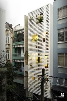 50 narrow lot houses that convert a thin exterior into something special . - 50 narrow lot houses that convert a thin exterior into something special – # exterior # thin - Baroque Architecture, Facade Architecture, Sustainable Architecture, Residential Architecture, Contemporary Architecture, Watercolor Architecture, Building Exterior, Building Facade, Building Design