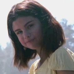 Selena Gomez Red Dress, Selena Gomez Makeup, Selena Gomez Album, Selena Gomez Music, Selena Gomez Photoshoot, Selena Gomez Cute, Gigi Hadid Pictures, Selena Pictures, Smallville