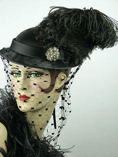 1940s Black Satin Tilt Topper w/Magnificent Veil and Brooch   eBay