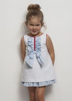 56 trendy ideas for moda infantil bebe verano Little Dresses, Little Girl Dresses, Cute Dresses, Girls Dresses, Toddler Dress, Baby Dress, Little Girl Fashion, Kids Fashion, Kids Frocks