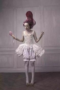 ~~ Pandora L'Anti-Justine, ou les Délices du Boudoir. Mode Rococo, Mode Baroque, Foto Fashion, High Fashion, Costume Marie Antoinette, Bustier Lingerie, Boudoir, Fashion Fotografie, Rococo Fashion