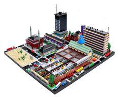 Don't have a huge LEGO collection? Try LEGO microscale! Legoland, Lego City, Micro Lego, Lego Boards, Lego Building Blocks, Lego Trains, Cool Lego Creations, Lego Design, Lego Architecture