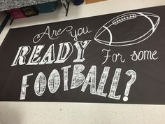 Football Game Signs, Football Spirit Signs, Football Banner, Football Cheer, Football Posters, Football Season, School Spirit Posters, School Spirit Days, Cheer Posters