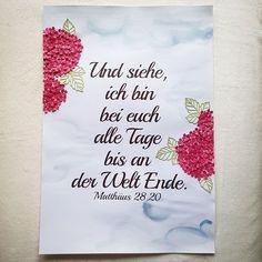 Und siehe, ich bin bei euch alle Tage bis an der Welt Ende. Matthäus 28,20 Ich habe dieses Plakat bei uns in der Gemeinde ausgehängt gehabt.  #plakat #kirche #gemeinde #bibel #bibelspruch #stampinupdeutschland #stampinupdemonstrator #hotensia #himmel #stampinupgermany #instaschön #stampinup #lovemyjob #gestalten #gestempelt #blumen #bouquet #flowers #schön #papercraft #design #papercraft #gottsegnedich #paperlove #handicraft #papeterie #sommerzeit #summertime #wegweiser #basteln #jesus