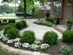 Front Yard Entrance Path & Walkway Landscaping Ideas (3)