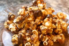 If you  peanut butter, try this chocolate-drizzled yummy mix. | 17 Delicious Ways You Should Actually Be Eating Popcorn