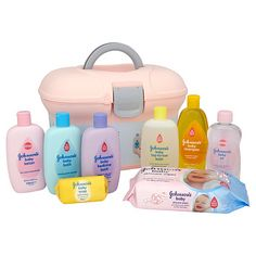 Johnson's Baby Skincare Essentials Box – This complete baby box full of hygiene and skincare products is ideal to start off with a new baby. Contains products for washing and changing baby including shampoo, soap and powder. Box has a snap top lid an Baby Doll Diaper Bag, Baby Dolls, Baby Gift Sets, Baby Gifts, American Baby Doll, Free Baby Samples, Baby Doll Accessories, Baby Skin Care, Baby Lotion