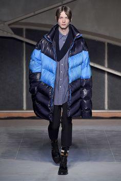 【ルック】「ラフ・シモンズ」2016-17年秋冬パリ・メンズ・コレクション 31 / 37