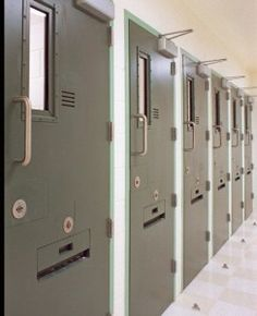 GAO Report Questions Widespread Use of Solitary Confinement in Federal Prisons