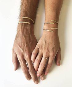 Matching Bracelets for Couples, His Hers Bracelets, Boyfriend Girlfriend Bracelets, Anniversary Bangles, Couples Set, Boyfriend Gift #etsy #jewelry #bronze #anniversary #hishersbracelets #anniversarybangles #couplesset #boyfriendgift #matchingbracelets #banglesforcouples