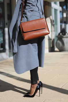 SOFT FEEL GRAY COAT| RED BOTTOM PUMPS | FALL CHIC TRENDY STYLE