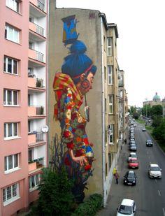 street art By Sainer from Etam Crew. On Urban Forms Foundation in Lodz, Poland 1