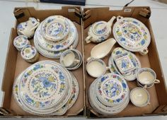 Top 25 Highest Selling Lots -Collectors & General Auction – Lot 291 – A large collection of Masons regency dinnerware to include plates, tureens, cups, saucers, teapot etc (2 trays).  Sale Price £220.00