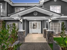 Luxurious 5 bedroom house for sale at 7 Ashfield Street, East Brisbane QLD 4169 Hamptons Style Homes, Hamptons House, The Hamptons, Hamptons Bedroom, Facade House, House Facades, House Exteriors, Building A New Home, Exterior House Colors