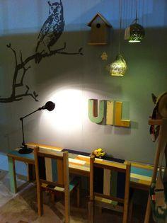 Gezien op de wonen en co Beurs 2014 in Groningen. Natuur, hout, uil Boys Playing, Kidsroom, Playroom, Ceiling Lights, Blog, Inspiration, Home Decor, Style, Ideas