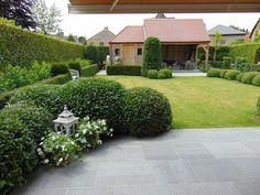 Ontdek hier ideëen voor uw terras, tuin, parking, oprit, tuinhuis, poolhouse.