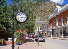 Georgetown, Colorado: My favorite place to go and get away for a few days. The people are so nice and we love to stay at the Rose Street B The best Bed and Breakfast ever!