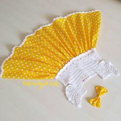 Sahibesi tatlivee hafif balik bir prenses Hediyeniz kargoya hazir Aynur hnm.@limonlupamukseker Yeni yasinda ugur getirsinprensese  #gunaydin #dress #yarn #knitting #knitwear #handmadewithlove #handmade #crochet #crochetlove #bukombin_baby #iganneleri #hediye #orgu #gramorgu #siparis #isinsirrideryada #hediyelik #yellowdress #knittingforkids #sewingforkids #sewing #sew #orguelbise
