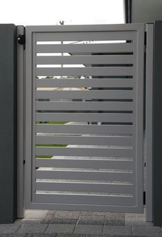 Aluminium Side gate (south) Aluminium/fairly cheap but looks nice Get it in white to match the house and you can also lock them which is handy Front Gate Design, Door Gate Design, House Gate Design, Fence Design, Garden Design, Metal Garden Gates, Metal Gates, Metal Fence, Wooden Side Gates