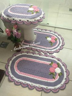 This post was discovered by Tu Crochet Doilies, Easy Crochet, Crochet Flowers, Free Crochet, Knit Crochet, Crochet Hats, Crochet Motif Patterns, Crochet Carpet, Crochet Home Decor